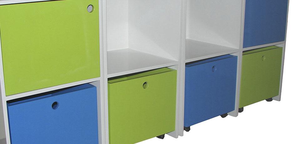 Pequenieses for Pegatinas infantiles para muebles